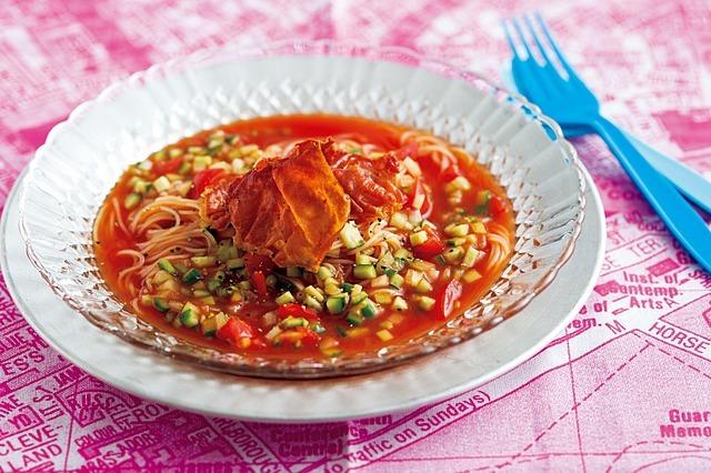 トマトジュースとプチトマトで!ガスパチョ風冷製スープパスタ