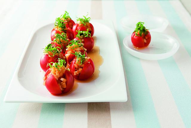 キラキラきれいなミニトマトサラダ
