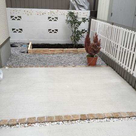 すのこで超簡単DIY!ウッドフェンスを手作り