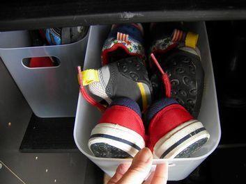 冷蔵庫、靴箱\u2026どこででも活躍! シンプルな我が家の定番BOX