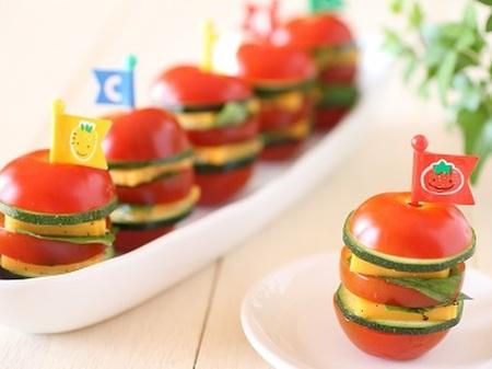 おつまみやおもてなしにも♪トマトdeハンバーガー風ピンチョス