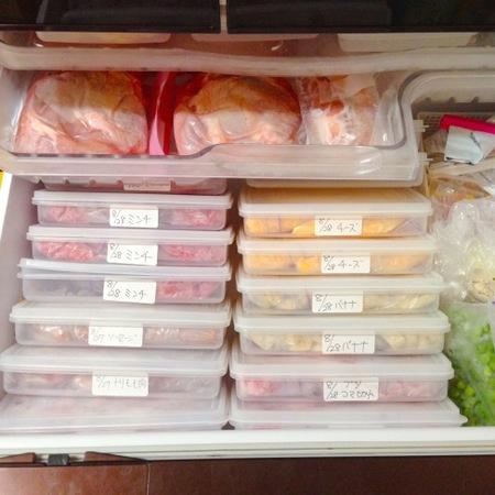 大量購入に便利なコストコ!肉の収納は定位置で!