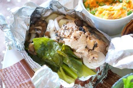 キノコと鮭缶で作るホイル焼き