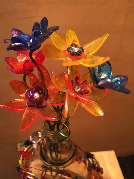 プラバンとワイヤーで可愛いお花のインテリア☆アロマフラワー