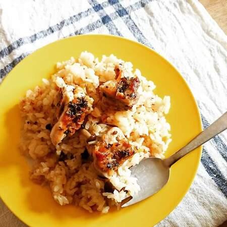 ドライトマトのオイル漬け&チキンの炊飯器で簡単オシャレピラフ
