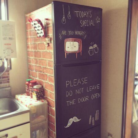 無機質な冷蔵庫をおしゃれにアレンジ♡アイデア集めました!