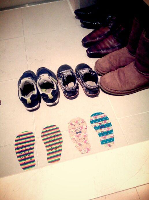 子供が靴をちゃんとそろえてくれる!マスキングテープで簡単