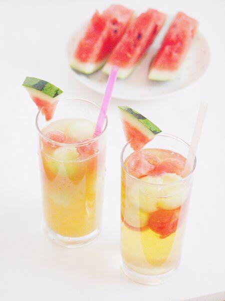 フルーツジュースでフルーツポンチ