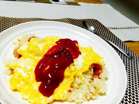 うまい棒で簡単本格ピラフ風ご飯!お米と炊き込むだけ!