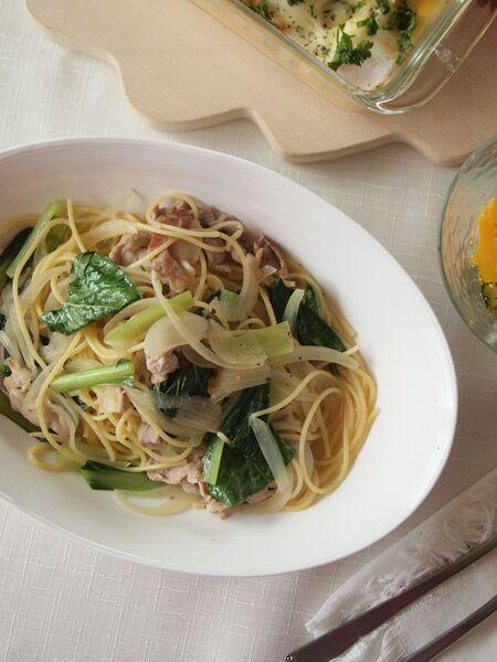 簡単!お店の味!豚肉と小松菜のスープパスタ