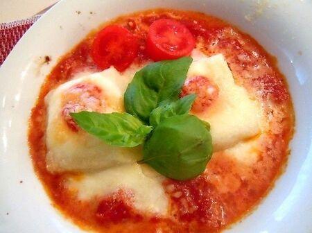おもちがイタリアンに♪もちとモッツァレラのトマトグラタン
