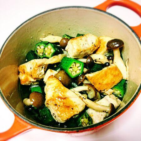 残ったお刺身と野菜で簡単アヒージョ