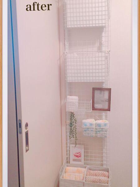タオルを大きさ別に壁面収納