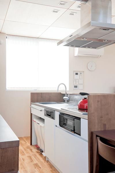 Ⅱ型キッチンの対面カウンター