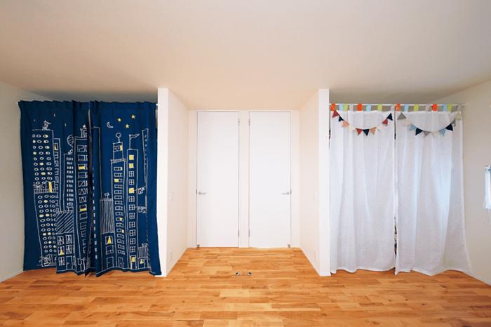 ドアを2つ設置した子供部屋