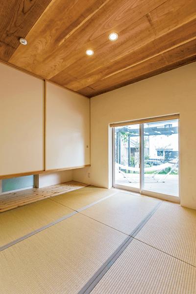 緑がない畳の和室