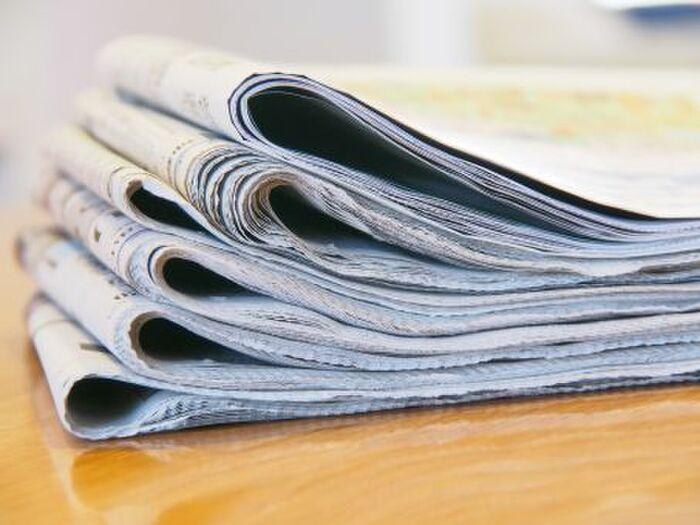 白菜を包む新聞