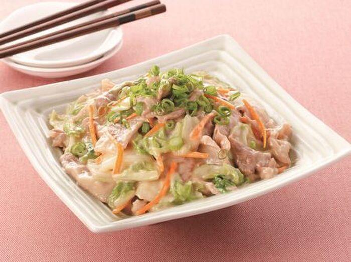 白菜と豚肉のオイマヨ炒め