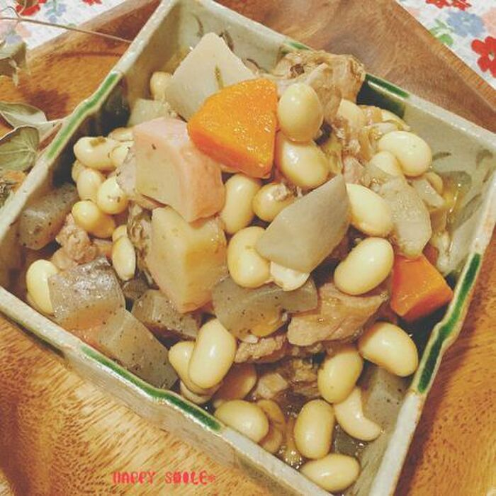 里芋の五目豆煮
