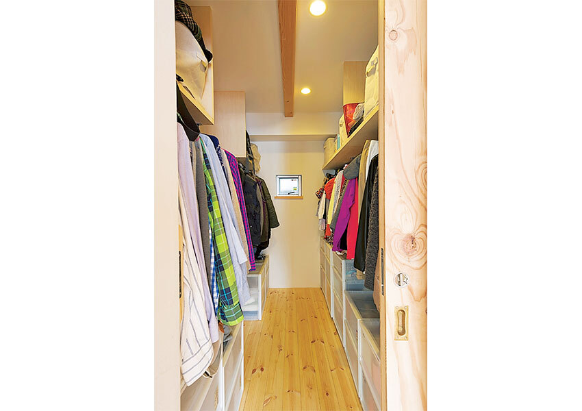 walkthrough-closet