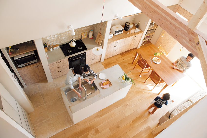 繊細で淡い色合いのキッチン