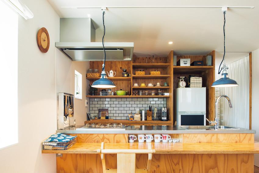 タイルが使用されたキッチン